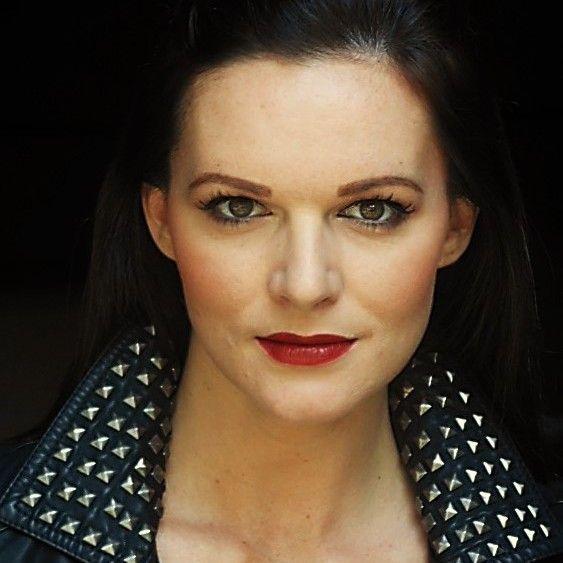 Lisa Fine Gaenor Artiste Management